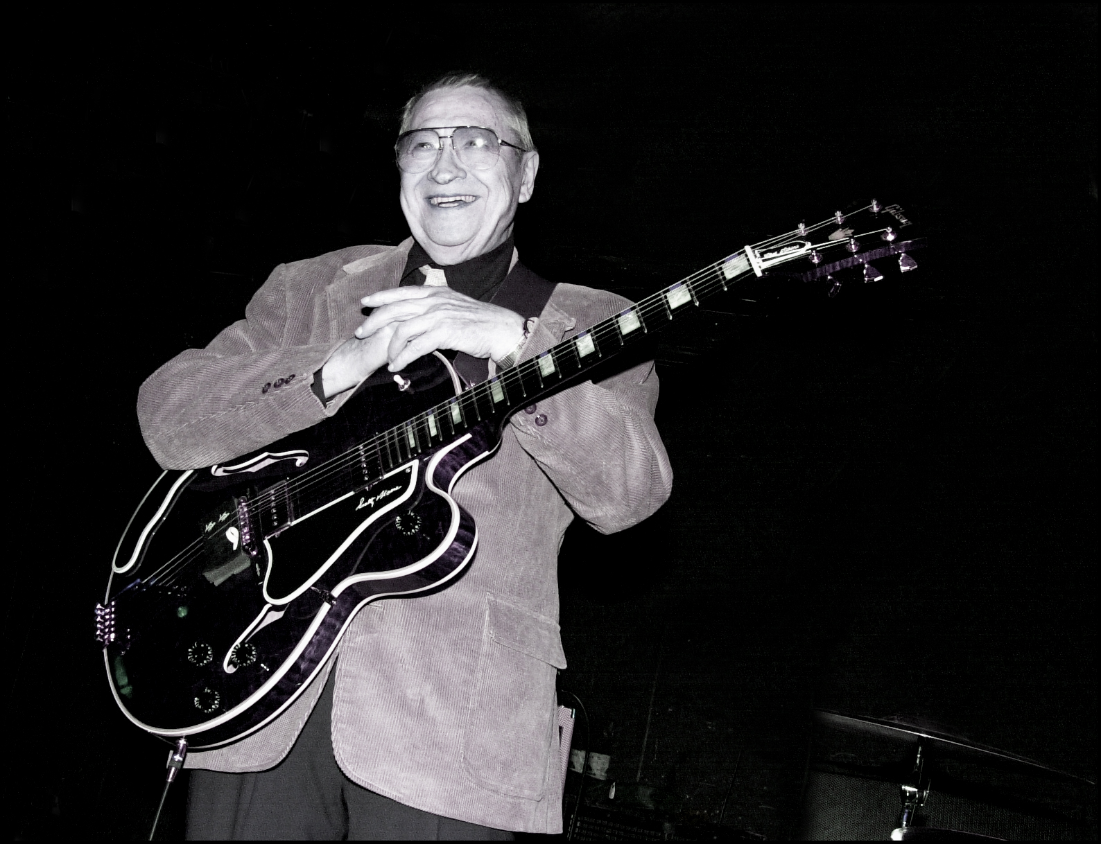 Elvis guitarist Scotty Moore dies